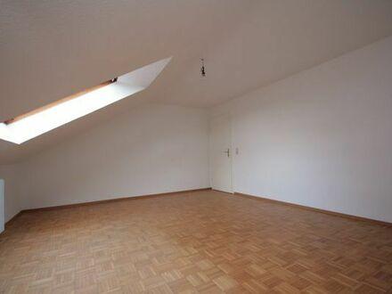 Schöne helle 3 Zimmerwohnung in Ramsen bei Eisenberg ab sofort zu vermieten