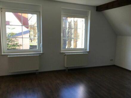 3 Raum Dachgeschosswohnung in zentraler Lage