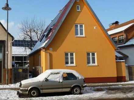 Freistehendes KFW60 Haus teilautark (USV), 120m2 nutzbar + nutzbare g-sanierte NG