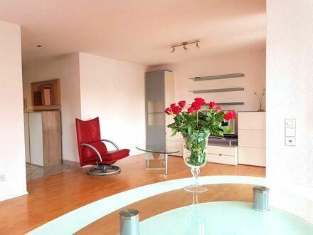Komplett möblierte, sonnige 3-Zimmer Wohnung de- Luxe in Tübingen Franz Viertel