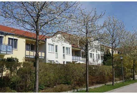 Schöne und vollmöblierte 3 Zi.-Gartenwohnung in Freimann
