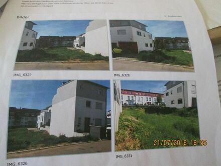 Bauplatz in Wernau für eine DHH wie die Gebäute links und rechts.