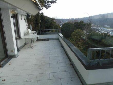 Top Wohnung mit Aussicht und großer begrünten Terrasse