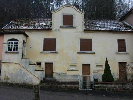 Haus mit Grundstuck