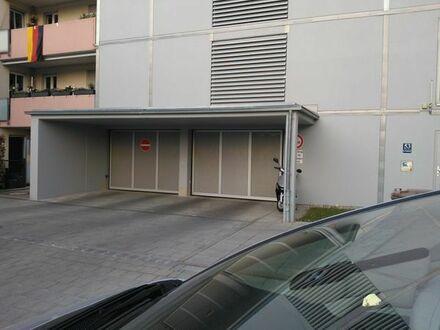 Sendling: Tiefgaragenplatz, kein Duplex