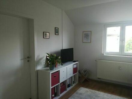 2 Zimmer DG-Wohnung