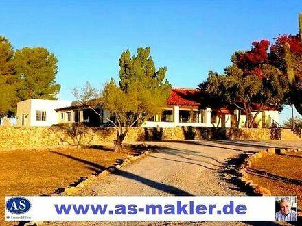 *Sonderpreis*, Landhaus (Ranch) auf 80.000 m2 Land (Bauland) zu verkaufen!