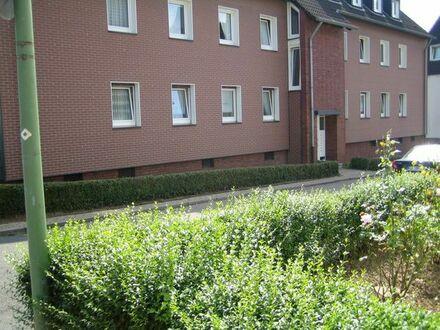 3,5-Zimmer-Wohnung mit Balkon ab sofort in Frohnhausen