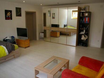 1 Zimmer, Souterrain, 34 m3, möbliert, mit Flurgemeinschaft von Küche und Bad (27 m2)