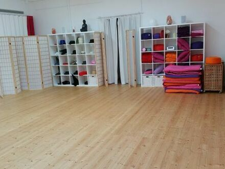 Gruppenraum - Therapieraum - Pilates - tai chi oder anderes