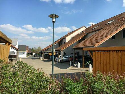 Filet Grundstück mit Traum-Haus in Top Lage Muster-Küche , Kaminofen