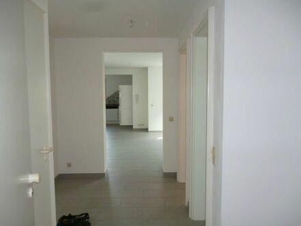 3 Zimmer Terrassenwohnung und Tiefgaragenstellplatz