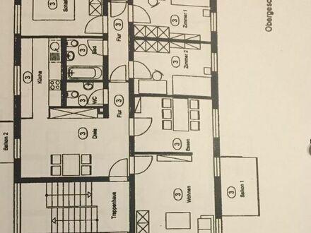 Sehr schöne 5-Zimmer-Wohnung mit 2 Balkonen zu vermitten