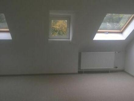 Dachbodenräume, Hobbyräume, Künstlerräume, Abstellräume