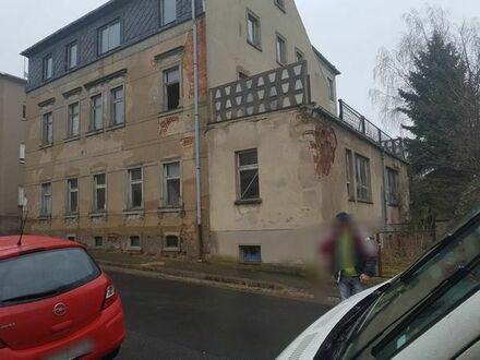 Villa in Lommatzsch - Sanierungsbedürftig