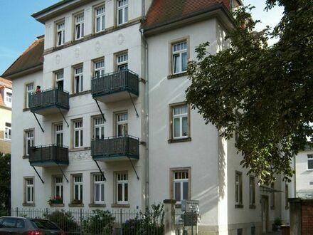 1,5 Raumwohnung mit Balkon und EBK