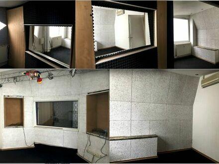 Raum/Tonstudio/Büro ab 1.Juli in Hamburg (Schanze) zu vermieten.