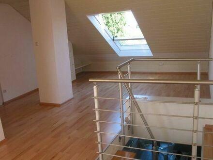 Schöne 2-Zimmer Maisonette Wohnung, über den Dächern von Darmstadt