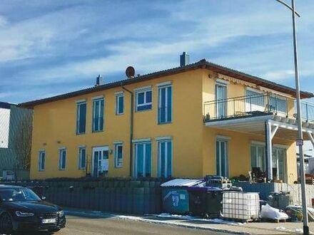Immobilie mit Wohnung / Gewerbeanteil und großen Garten zu verkaufen