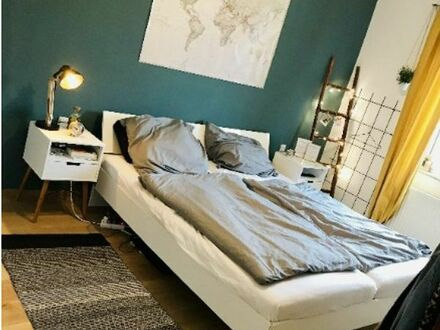 Liebevoll eingerichtete 2-Zimmer Wohnung mit Balkon zur Untermiete- befristet