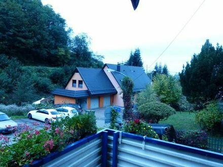 3-Familienhaus in ruhiger Lage. Auch für Kapitalanleger geeignet. Sie wohnen ruhig und grün!