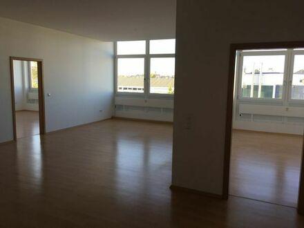 Helle, gepflegte 3-Zi. Erdgeschosswohnung einer gehobenen Immobilie in HN-Sontheim
