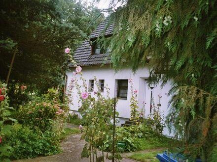 Massives Zweifamilienhaus freistehend in Düsseldorf