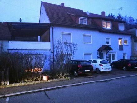 Schönes 4 Familien - Haus mit 16 - Zimmern im Rhein-Neckar-Kreis, Helmstadt-Bargen