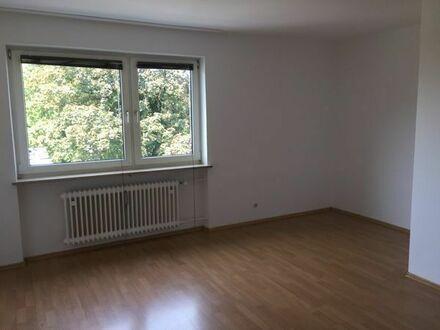 Freie Wohnung zu verkaufen in München Moosach 40qm