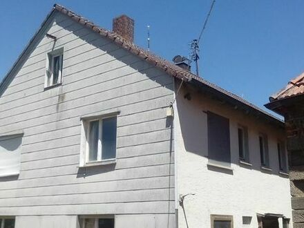 2-Familienhaus...Scheune...Stall ...