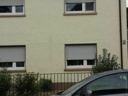 2 Zimmer Wohnung, Lu., Friesenheim, an weibliche Einzelperson