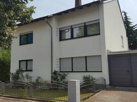Gemütliche 2,5 Zimmer-Whg. mit Terrasse und direktem Gartenzugang in ruhiger Lage