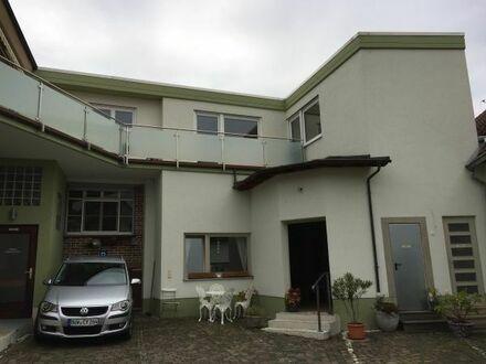 schicke(s) 2-Zimmerwohnung / Loft zentrumsnah in DÜW