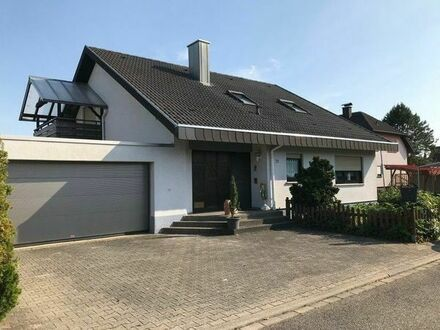 Gepflegtes Einfamilienhaus mit Doppelgarage, Waghäusel/Wiesental