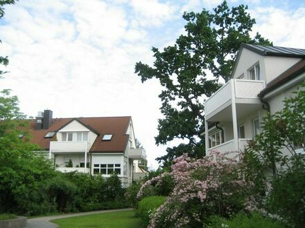 Maisonette-Wohnung mit 1,5 Zimmer 68qm im Münchner Osten - Mitten im Wald auf Zeit