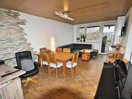 Sehr Tolle 3-Zi-Wohnung mit Balkon, TG Stellplatz und 2x Keller in Stuttgart-Plieningen