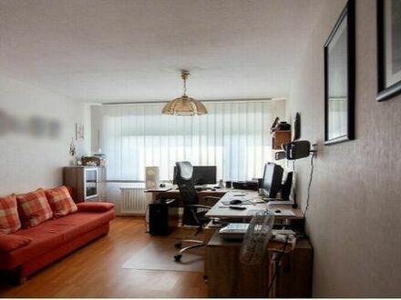 Helle 3-Zimmer Wohnung in guter Lage (WG geeignet)
