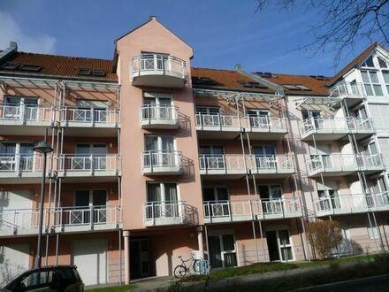 Lichtdurchflutete möblierte 2,5-Zi-Wohnung mit 2 Balkonen und Badewanne, St. Jobst nähe Wöhrder See