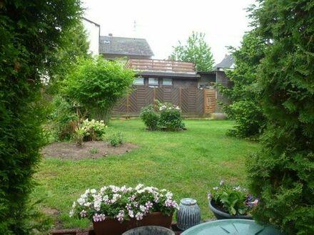 Freistehendes Einfamilienhaus mit ELW in Altleiningen