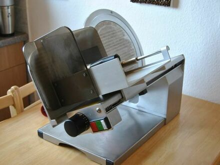Graef Euro 3060 Gastro Aufschnittmaschine Schrägschneider