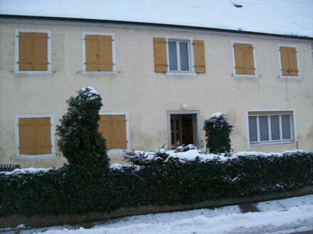 Einfamilienhaus,Scheune,Garage,Stellplatz,Hof,Hochbeet