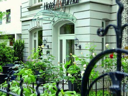 Rezeptionsmitarbeiter/-in für ein kleines Hotel in Hamburg