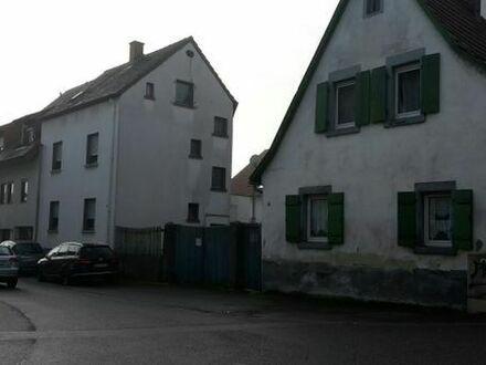 2 Familienhäuser auf 266 qm Grundstück