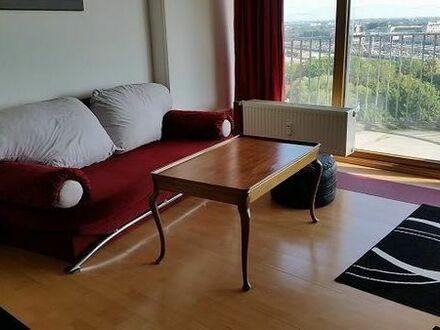 Schöne möblierte 1-Zi.-Wohnung im Hotelturm unbefristet o. auf Zeit ab sofort o. nach Vereinbarung