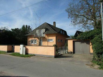 Idyllisches Einfamilienhaus mit großem Grundstück in Feldrandlage zu verkaufen