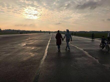 Junges Paar sucht ein neues Zuhause