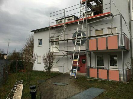Sonnige 2 ZKB Wohnung möbliert mit Süd-Balkon