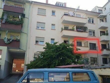 2 Zimmer Wohnung mit Balkon und