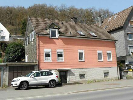 Gummersbach - Niederseßmar, WG - Zimmer unterschiedlicher Größen, Verkehrsgünstig gelegen