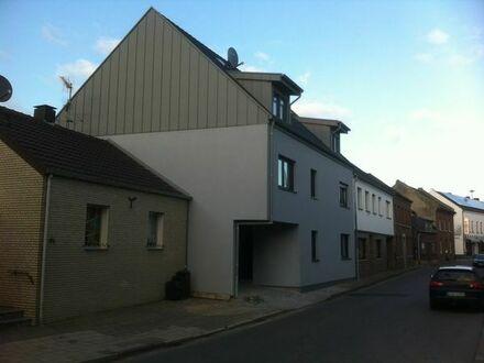 Schöne 2 Zimmer Wohnung in Erkelenz Lövenich mit großer Terrasse